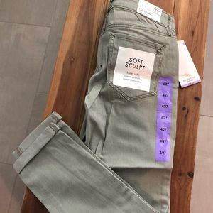 Jessica Simpson Green Rolled Crop 4/27 Jeans